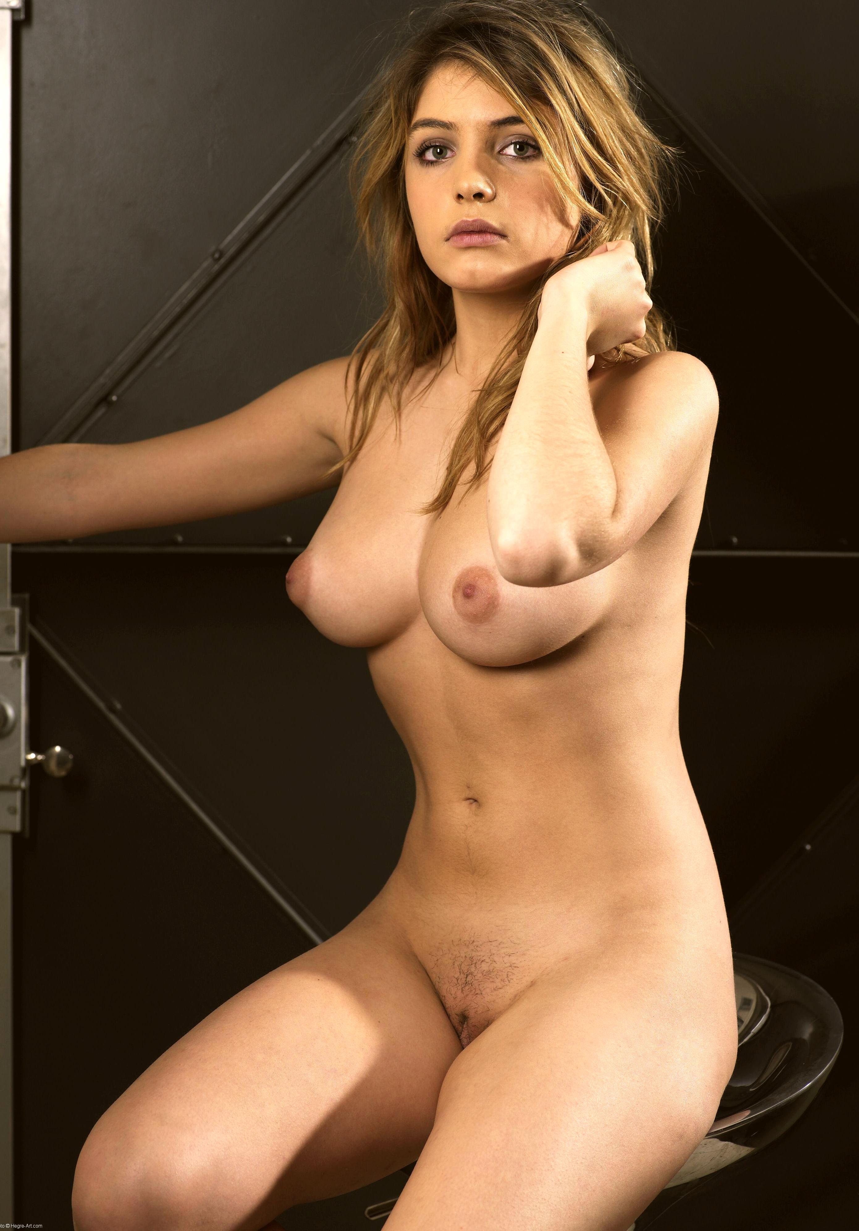 Angele Vivier Nue download sex pics angele vivier nue 05 les stars nues en
